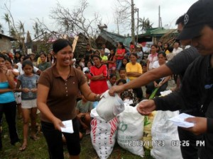 Help Philippines Update – Relief Goods Distributed in Mayorga, Leyte