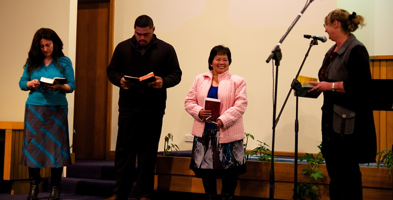 Reading Scriptures in English, Filipino, Samoan and Arabic Languages